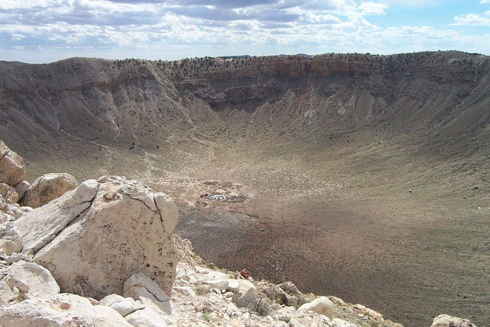 1024px-Barringer_Crater_USGS