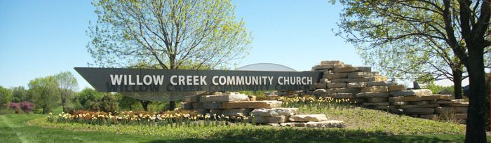 1280px-Willow_Creek_Community_Church_sign.jpg